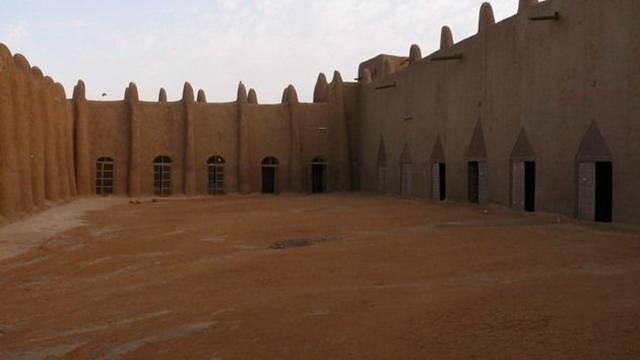 166 Djenne-Mosque-002.jpg